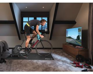 Tacx Flux S Smart T2900S Turbo Trainer