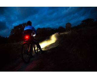 Bontrager Ion 800 R headlight / <b>Bontrager</b> Flare R Tail light