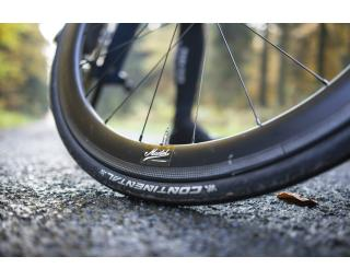 Continental Grand Prix 4000S II Tyre
