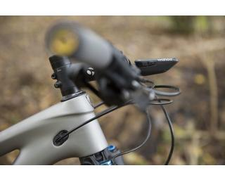 Wahoo ELEMNT BOLT Aero Out Front Mount
